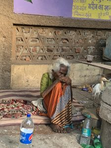 picture of an old lady in Mumbai slum