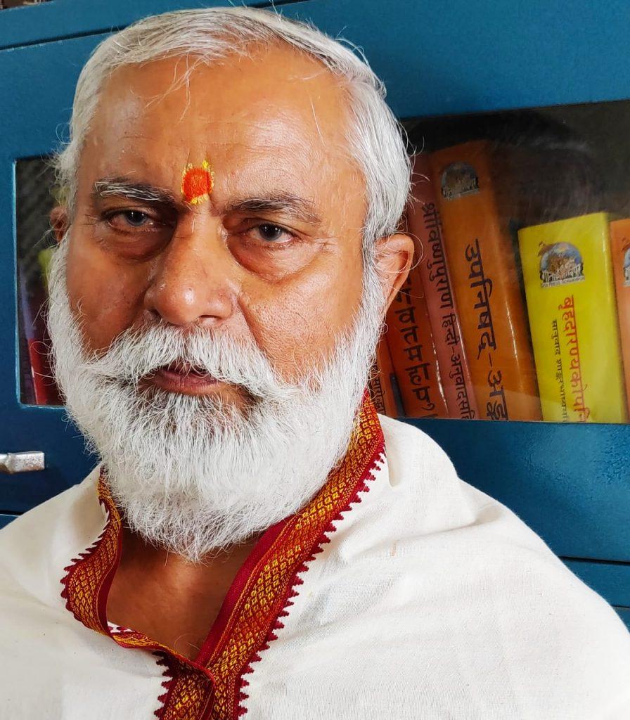 डा पशुपति  पांडेय : हिंदू धर्म ग्रंथों का सार