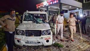 Photo of भारत की आई टी राजधानी बंगलूरू की हिंसा का मतलब क्या है ?