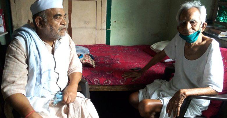 चित्र में बायें राज नाथ शर्मा दाएँ जमुना प्रसाद बोस पूर्व मंत्री